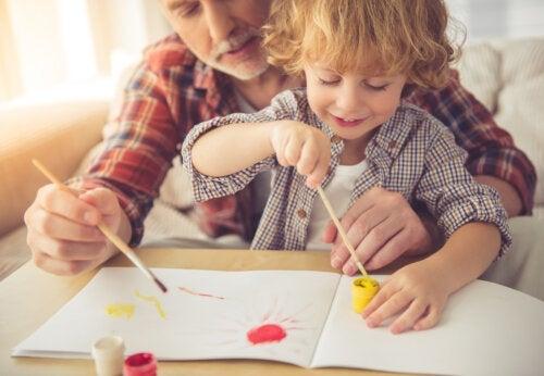 5 activités créatives pour les enfants avec aquarelle et peinture