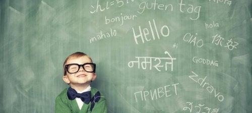 Est-il bon pour un jeune enfant de parler plusieurs langues ?