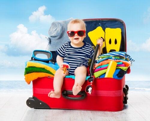 Les bagages de bébé en vacances : ce qu'il ne faut pas oublier