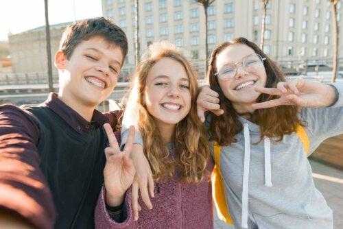 Qu'est-ce que le début de l'adolescence?