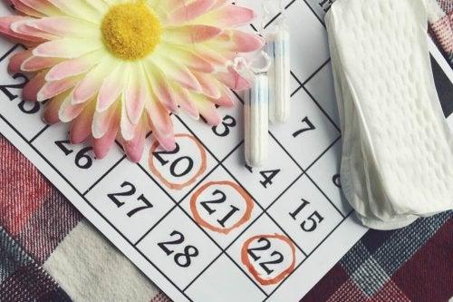 8 signes qui indiquent une irrégularité menstruelle