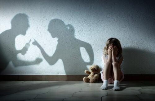 Le stress infantile modifie le cerveau des enfants et des adolescents