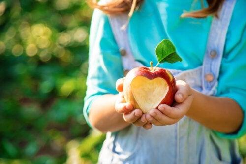 3 bienfaits de la pomme pour les enfants