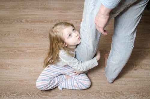 5 signes que votre enfant est malheureux