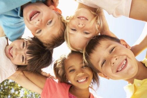 Les enfants ont besoin d'être heureux avant d'être les meilleurs