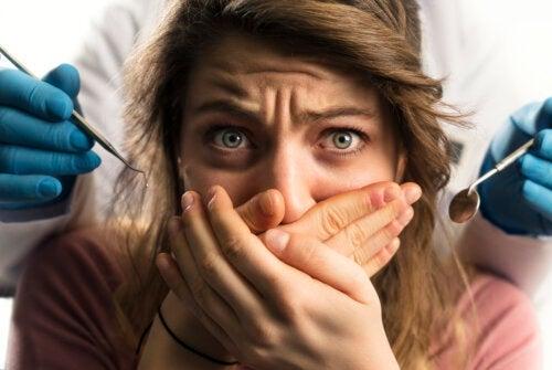 Anesthésie dentaire pendant la grossesse : y a-t-il des risques ?