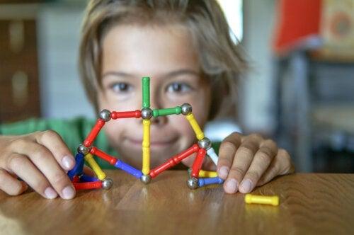 Comment savoir si un enfant est kinesthésique?